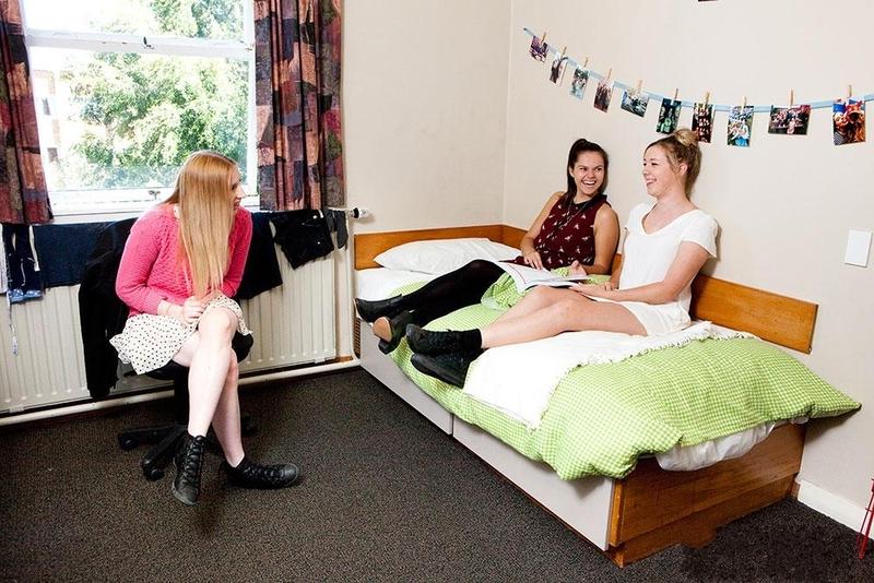 英国留学:英国坎特伯雷大学毕业生就业前景好不好?