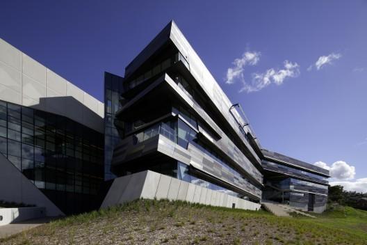 维多利亚大学建筑32