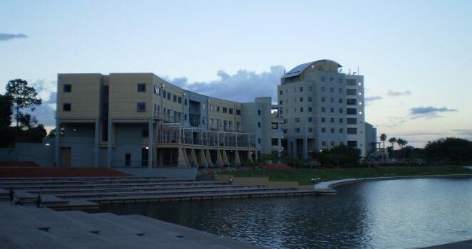 澳洲 邦德大学3