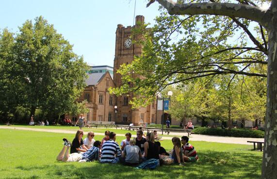 墨尔本大学2