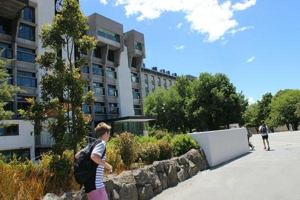 新西兰坎特伯雷大学教育语言,健康学院与人类发展学院