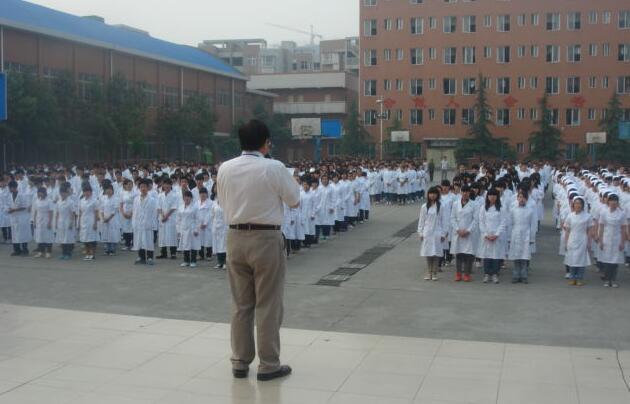 泸州市中等卫生职业学校教学活动