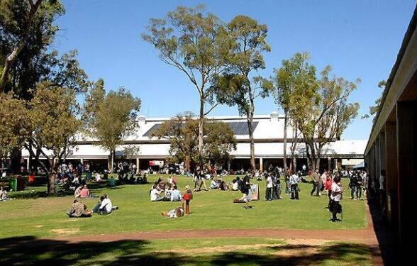 2017年澳洲留学:莫道克大学世界排名及优势专业排名解析