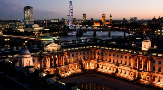 英国伦敦城市大学留学花费