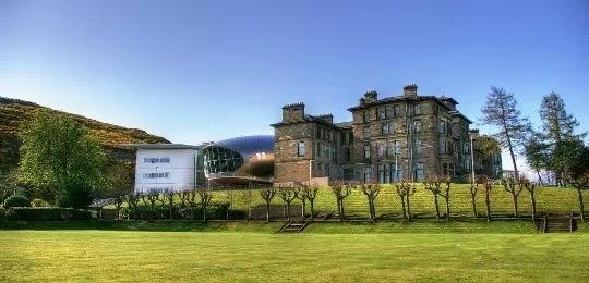 爱丁堡龙比亚大学 (1)