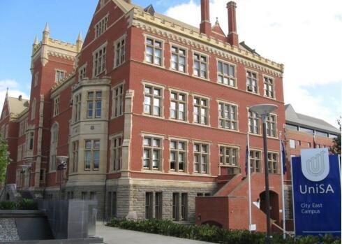 南澳大学学费与奖学金介绍