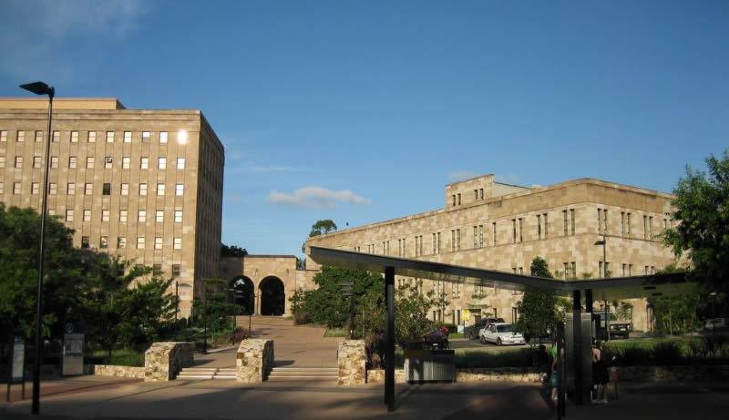 昆士兰大学建筑46