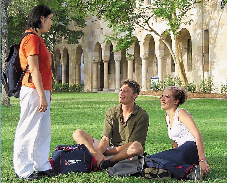 澳洲昆士兰大学本科要读多久?教育质量如何?