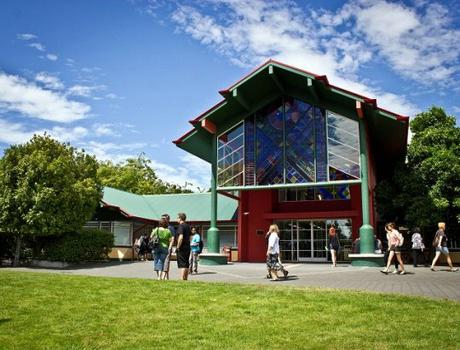 新西兰东部理工大学