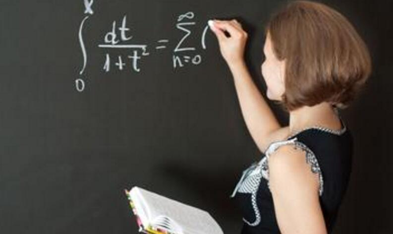 南澳大学幼儿教育专业和墨尔本大学幼儿教育/学前教育专业哪个好?