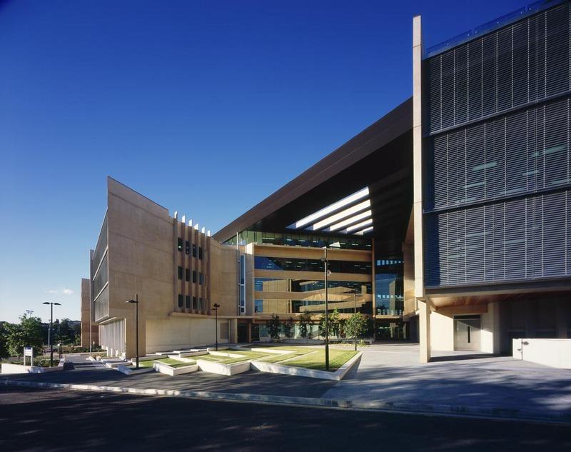 昆士兰大学机械工程专业