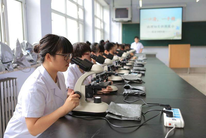 (黑龙江护理高等专科学校)助产专业