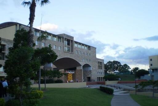 澳洲 邦德大学7