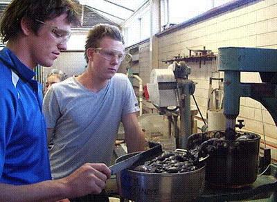 澳洲哪些大学开设了机器人专业呢?