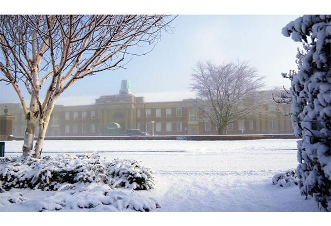 艾芝西尔大学录取要求(入学条件)