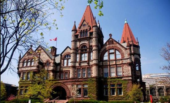 维多利亚大学录取要求(入学条件)