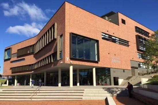 西悉尼大学招生条件