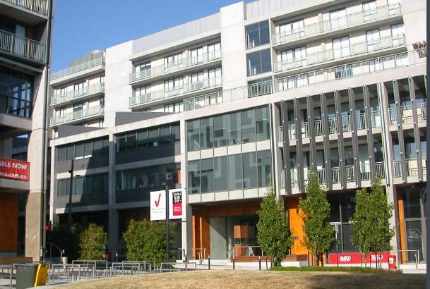 斯威本科技大学建筑1