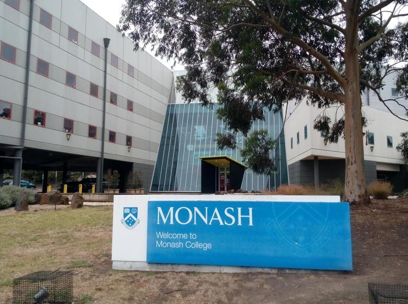 澳洲留学:申请莫纳什大学本科需要满足什么条件呢?有哪些申请方案呢?
