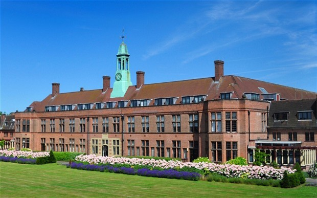 新白金汉大学回国优势