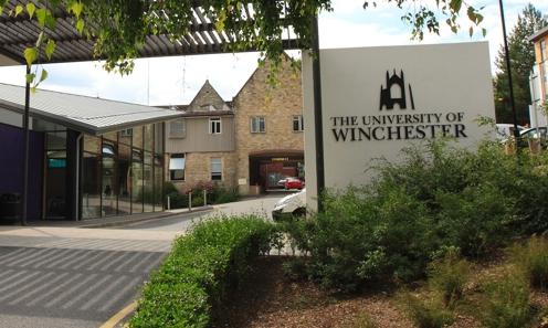 留学英国温切斯特大学如何申请