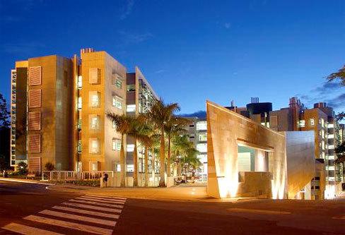 昆士兰大学 图片1