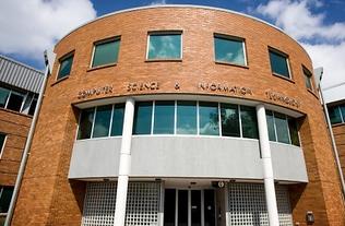 澳洲国立大学电子工程专业