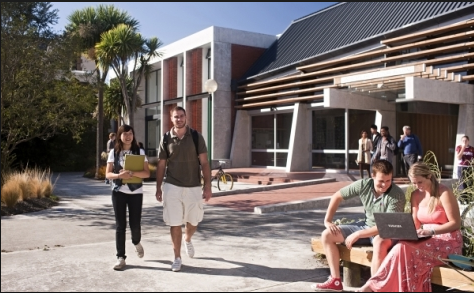林肯大学环境学院,社会科学学院与设计学院