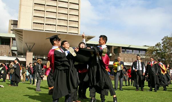新南威尔士大学精算专业