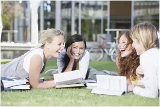 纽卡斯尔大学教育学专业课程设置难不难
