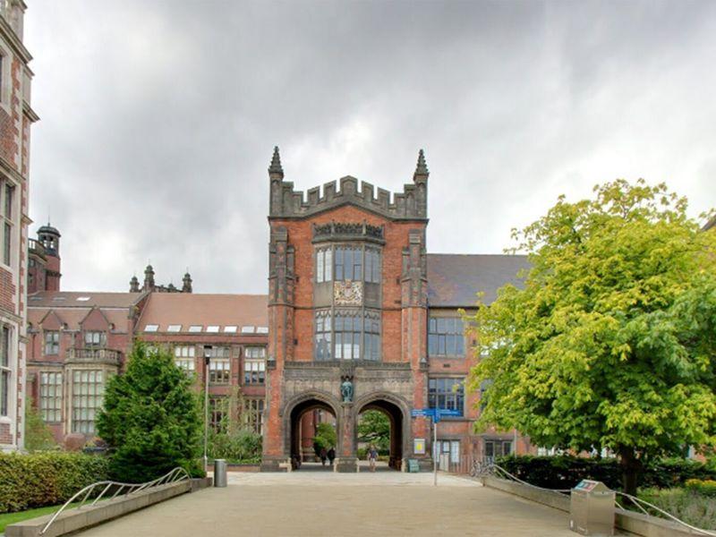英国纽卡斯尔大学9