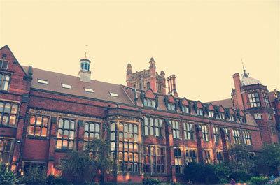 英国纽卡斯尔大学2
